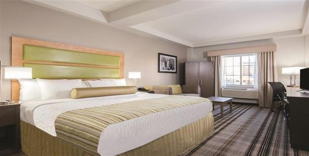 Day Use New York City La Quinta Inn Suites Brooklyn East Daybreakhotels