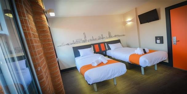 easyHotel Manchester   Day Use Manchester   DayBreakHotels